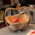 FOLDING BAMBOO BASKET APPLE