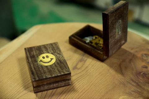 BRASS SMILE WOODEN BOX