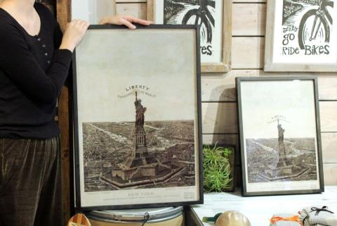 [DESIGN1] OLD STATUE OF LIBERTY POSTER FRAME